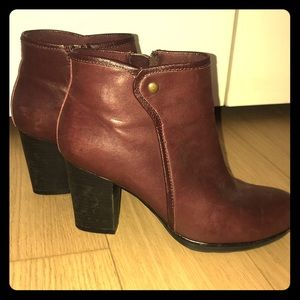 Comfiest Clark's Maroon Booties